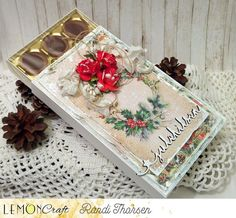 świątecznie i słodko / festively and sweet Decorative Boxes, Sweet, Cards, Home Decor, Pictures, Candy, Decoration Home, Room Decor, Maps