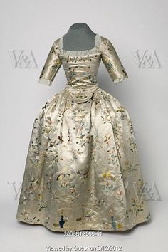 Girl's gown. Embroidered silk. Britain, c.1760