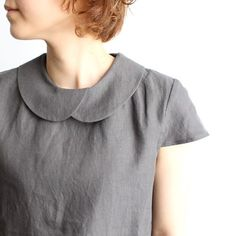 I love this overlapping peter pan collar, There are a couple of other necklines on this page, but this is the nicest.: