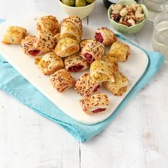 We're pleased to announce the arrival of our Snacking & Sharing range, our new Dinky Rolls are a perfect treat for any summer party. You can now try our wonderfully warming Beetroot and Feta or superbly snackable Ham Hock and Cheddar Dinky rolls! Veggie Rolls, Ham Hock, Beetroot, Cheddar, Quiche, Feta, Sausage, Veggies, Range