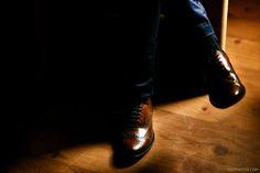 Groom's shoes. Sapato do noivo Casamento Marília e Paulo   Estância Betânia   Colombo » Cheng NV – Fotógrafo de Casamento em Curitiba e Santa Catarina.