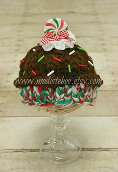 Holiday Cupcake Hat Newborn photography prop by ModisteBee on Etsy, $48.00