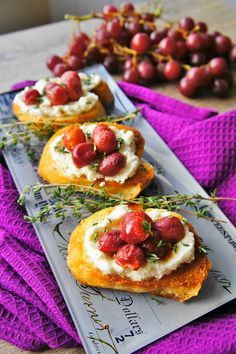 The Kitchen Life of a Navy Wife: Roasted Grapes with Thyme and Ricotta on Grilled Bread