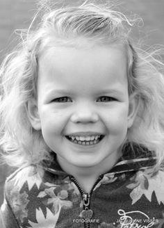 Portret van Tess