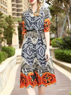 Shop V Neck Vintage Print Dress online. SheIn offers V Neck Vintage Print Dress & more to fit your fashionable needs.