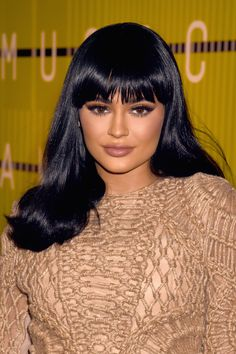 Kylie Jenner Debuted Bangs at the VMAs - Do You Like Them?