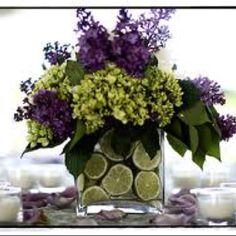 I am so going to try to make this for my kitchen table centerpiece.. Love this!!