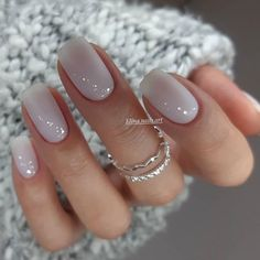 nails Want beautiful, attractive nail art designs? Want to catch the eye? We have collected beautiful nail tips for your New Year. Stylish Nails, Trendy Nails, Cute Nails, Elegant Nails, Classy Nails, Simple Nails, New Years Nail Art, Short Square Nails, Nagel Blog