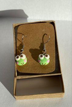 Diy Clay Earrings, Funky Earrings, Polymer Clay Jewelry, Earrings Handmade, Ear Jewelry, Cute Jewelry, Biscuit, Polymer Clay Figures, Cute Clay