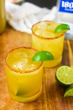 Here's how to make refreshing passion fruit margaritas on the rocks in under five minutes. Recipe by Dash of Jazz Passion Fruit Margarita Recipe, Best Margarita Recipe, Passion Fruit Juice, Margarita Recipes, Margarita On The Rocks, Passionfruit Recipes, Black Food, Dessert Dishes, Summer Fruit