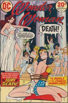 Wonder Woman- JAJAJA ME DA RISA VER EL PEINADO AFRO DE ATRAS