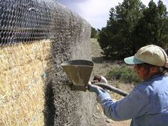 How to mix stucco. Great tutorials! Spraying stucco on a fence