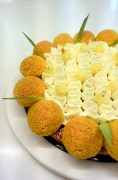 Saint Honoré ananas, rhum, vanille - Christophe Michalak