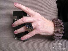 """Ein neuer Ring: groß, auffallend, anders...  Und so konnte er natürlich nur meinen Namen weitertragen --> der """"Gigas-Ring""""   Auf zwei Bild..."""