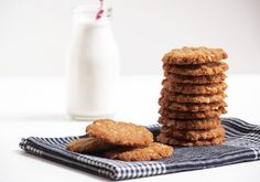 Healthy and vegan anzac biscuits