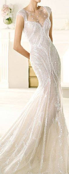 Gorgeous dress but I don't think I'd ever be brave enough to wear something like this