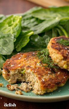 Frugal Food Items - How To Prepare Dinner And Luxuriate In Delightful Meals Without Having Shelling Out A Fortune Move Over, Crab Cakes.We're Obsessed With These Easy Salmon Patties. Canned Salmon Patties, Best Salmon Patties, Salmon Patties Recipe, Healthy Salmon Patties, Healthy Salmon Cakes, Salmon Fish Cakes, Fish Patties, Fish Recipes, Seafood Recipes