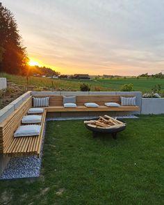 Backyard Patio, Backyard Landscaping, Garden Furniture, Outdoor Furniture Sets, Outdoor Seating, Outdoor Decor, Patio Design, Garden Inspiration, Outdoor Gardens