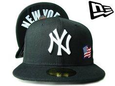 """【ニューエラ】【NEW ERA】59FIFTY US FLAG(アメリカ国旗)シリーズ """"NEW YORK YANKEES"""" NYロゴ アンダーバイザー ブラックXホワイト【CAP】【newera】【帽子】【ニューヨーク・ヤンキース】【FITTED】【黒】【白】【under visor】【MLB】【NY】【キャップ】【あす楽】【楽天市場】"""