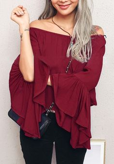 beauty girl in burgundy bell-sleeve off-shoulder top Boho Fashion, Girl Fashion, Autumn Fashion, Fashion Outfits, Fashion 2016, Fall Outfits, Off The Shoulder Top Outfit, Off Shoulder Tops, Bell Sleeve Top Outfit