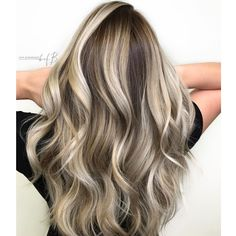 Thanks to Ashley Lewis (@the_blondologist), we have a constant feed of dimensional balayage inspiration at our disposal…which is exactly where we find gems like this rich, high-contrast color melt. Need to know how she did it? Here's her color formula and how-to.   Total chair time: 2½ hours