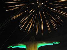 Con juegos pirotécnicos, Cali empezó a celebrar el Grito de la Independencia