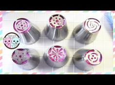 Russian piping tips, russian tips - How to decorate cupcakes with buttercream flowers, buttercream roses, and buttercream tulips, using Russian pastry tips! Frosting Tips, Cupcake Frosting, Cupcake Cakes, Rose Cupcake, Fruits Decoration, Dessert Decoration, Dessert Ideas, Icing Flowers, Buttercream Flowers