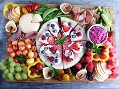 How to Build a Beautiful Fruit Charcuterie Board - The Windy City Dinner FairyThe Windy City Dinner Fairy