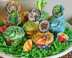 *BONUS Minecraft inspired characters from HelloDerpy Minecraft Cupcakes, Minecraft Party, Cupcake Party, Cupcake Bakery, Gender Reveal Party Decorations, Diy Party Supplies, How To Play Minecraft, Themed Cupcakes, Cupcake Wrappers