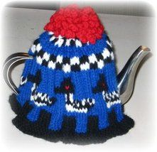 How to Knit a 'proper' English Tea Cosy! : 12 Steps (with Pictures) - Instructables Crochet Geek, Form Crochet, Recycled Books, Corset Pattern, Crochet Potholders, Geek Crafts, Tea Cozy, Steampunk Diy, Gothic Jewelry
