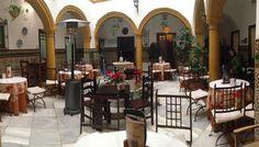 El patio de Casa Rubio en Córdoba, tremendo su flan de higo al pedro ximenez