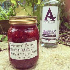 Cannot wait to share this delicious jam recipe! @arbikie.distillery @arbikie #kirstysgin #gin #scottishgin #jam #ginporn #ginoclock #homemade #homegrown #fruit #foodporn #foodblogger