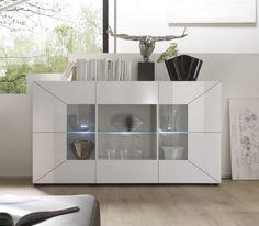 Sideboard weiß hochglanz glas  Großzügiger Schwebetüren-Schrank mit praktischen Spiegelfronten ...