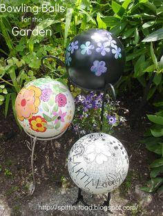 http://spittin-toad.blogspot.com/2012/08/from-bowling-balls-to-garden-art.html