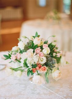 Pink and Cream Rose Arrangement | photography by http://www.buffydekmar.com/