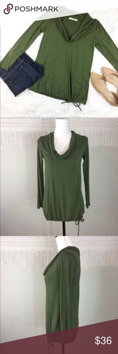Anthropologie Weston Wear Green Cowl Neck Top Anthropologie Weston Wear green cowl neck 3/4 sleeve top. Size medium. Approximate measurements flat laid are 26' long, 21 1/2' sleeve, and 15 1/2' bust. GUC with no major flaws. ❌I do not Trade   Or model   Posh Transactions ONLY Anthropologie Tops Blouses