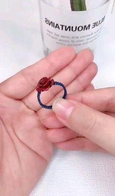 Diy Bracelets Patterns, Diy Friendship Bracelets Patterns, Diy Bracelets Easy, Diy Rings Easy, Handmade Wire Jewelry, Diy Crafts Jewelry, Bracelet Crafts, Diy Crafts For Girls, Diy Crafts Hacks