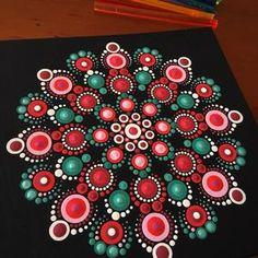 Dot Painting Tools, Dot Art Painting, Rock Painting Designs, Mandala Painting, Painting Patterns, Stone Painting, Diy Painting, Mandala Painted Rocks, Mandala Rocks