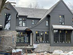 Best Exterior House Paint, Stone Exterior Houses, Home Styles Exterior, Black House Exterior, Exterior House Colors, Exterior Design, Lakeside Living, Modern Farmhouse Exterior, House Front