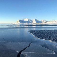 Longyearbyen, Mountains, Nature, Travel, Viajes, Traveling, Nature Illustration, Off Grid, Trips