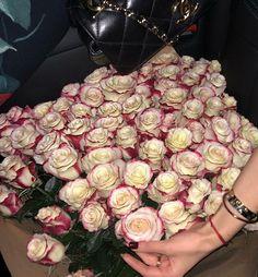 ღ sαℓσмé ∂єsєrτ ღ Luxury Flowers