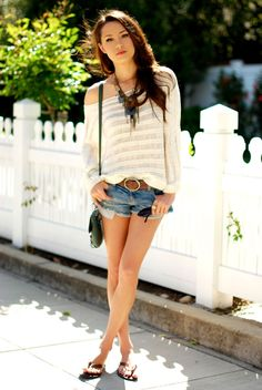 New top - Pacsun, shorts - American Eagle, purse - Style, necklace - Express, ring - Aldo, belt - Aeropostle, flip flops - Forever 21