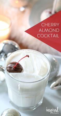 Cherry Almond Cocktail   holiday christmasy cocktail recipe