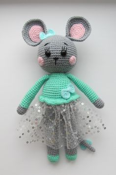 Free amigurumi mouse pattern This sweet crochet mouse is a cute gift or a soft toy for kids. The height of finished amigurumi toy is about 26 cm. You'll need mm crochet hook and Alize yarn. Crochet Doll Pattern, Crochet Patterns Amigurumi, Crochet Dolls, Crochet Mouse, Free Crochet, Doll Tutorial, Handmade Toys, Handmade Ideas, Stuffed Toys Patterns
