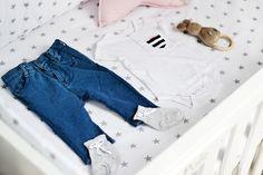 Ubranka Endo dla niemowlaka w obiektywie bloga Zatrzymując czas Mom Jeans, Blog, Pants, Fashion, Trouser Pants, Moda, Fashion Styles, Blogging, Women's Pants