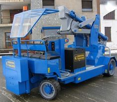 Minidrel Gruniverpal, pojízdný jeřáb s max. Minion, Crane, Nerf, Tractors, Minions