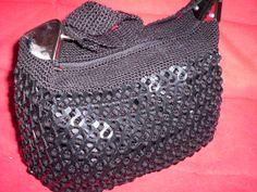 bolsas y accesorios diseñados por Karina Baez