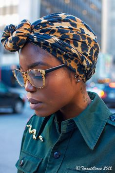 headscarf + amazing cat's eye glasses