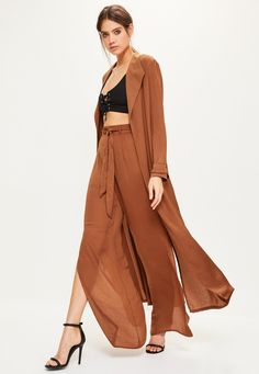 Missguided - Brown Satin Split Back Duster Jacket Kimono Fashion, New Fashion, High End Clothing Brands, Coats For Women, Jackets For Women, Duster Jacket, Casual Jumpsuit, Casual Outfits, Women Wear