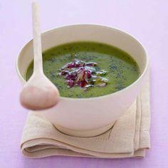 Crema di cavolo verde, tarassaco e ravanelli al timo Ricetta di Giuseppe Capano